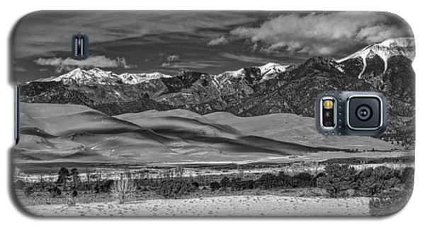 Mountain And Dunes Galaxy S5 Case
