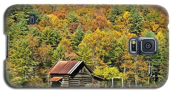 Galaxy S5 Case featuring the photograph Mountain Log Home In Autumn by Susan Leggett