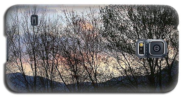 Galaxy S5 Case featuring the photograph Mountain Sunset Nine by Paula Tohline Calhoun