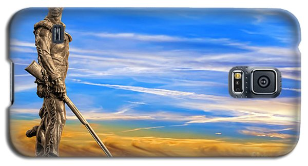 Mountaineer Statue With Blue Gold Sky Galaxy S5 Case