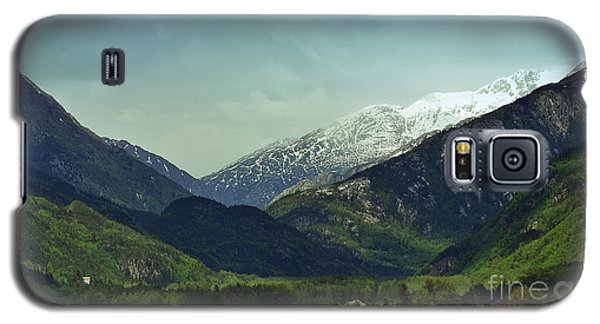 Mountains Beyond Skagway Galaxy S5 Case