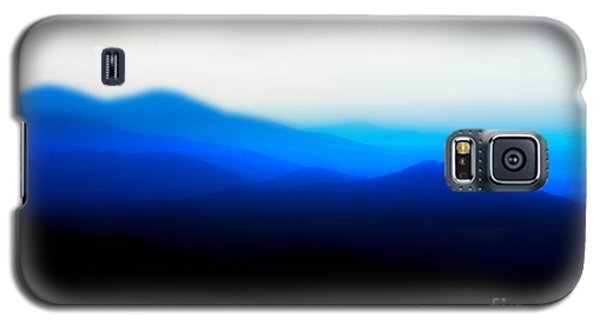 Mountains In The Mist Galaxy S5 Case by Carlee Ojeda