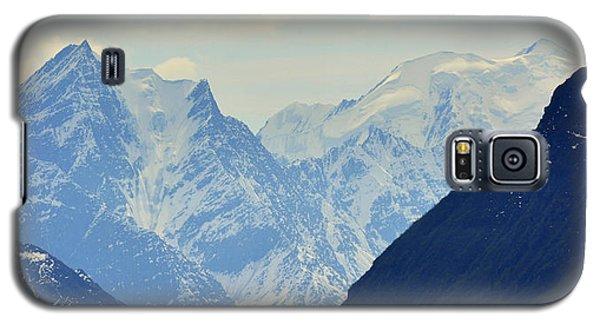 Mountains Near Matanuska Glacier Galaxy S5 Case by Andrew Matwijec