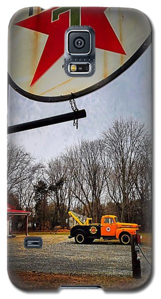 Mr. Towed's Magical Ride Galaxy S5 Case by Robert McCubbin