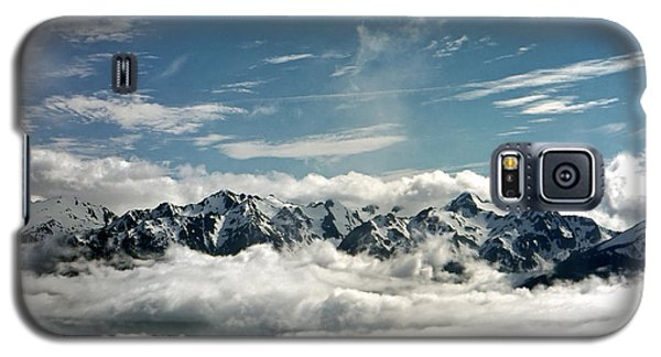 Galaxy S5 Case featuring the photograph Mt Olympus by Greg Reed