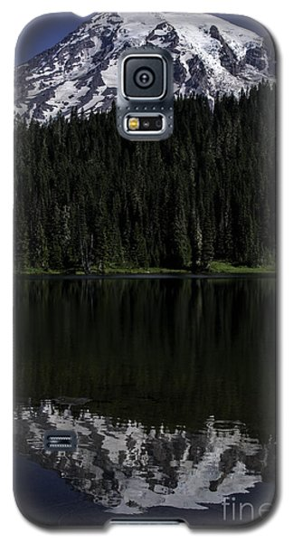 Mt Rainier Reflected In Reflection Lake Galaxy S5 Case