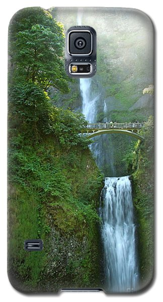 Multnomah Falls Galaxy S5 Case by Christiane Schulze Art And Photography
