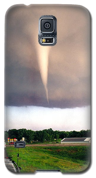 Mulvane Tornado With Storm Chasers Galaxy S5 Case