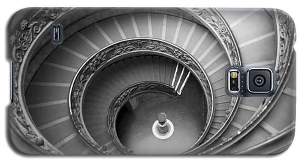 Galaxy S5 Case featuring the photograph Musei Vaticani Stairs by Nathan Rupert