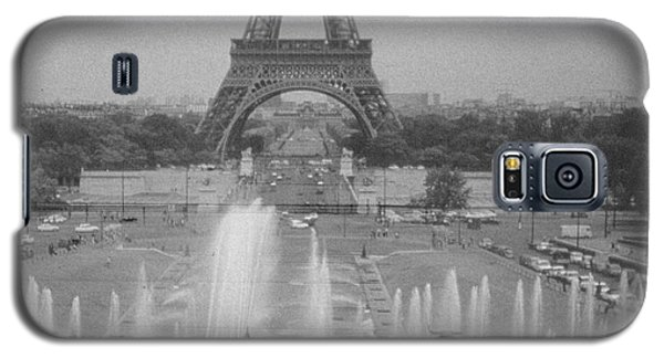 Galaxy S5 Case featuring the photograph my Paris by Steven Macanka