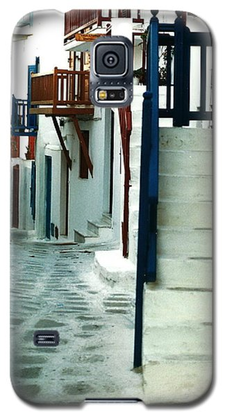 Galaxy S5 Case featuring the photograph Mykonos Charm by Jacqueline M Lewis