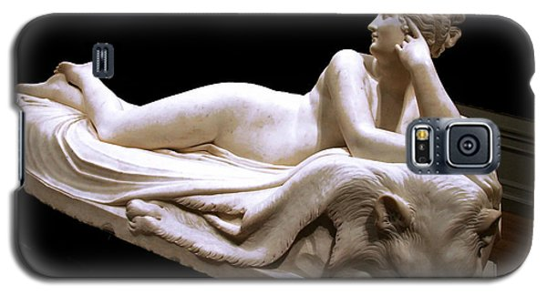 Galaxy S5 Case featuring the photograph Canova's Naiad by Cora Wandel