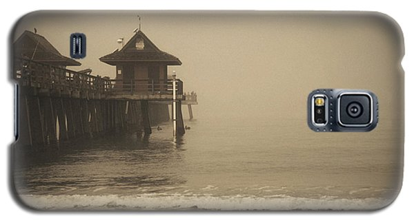Naples Pier In The Fog Galaxy S5 Case
