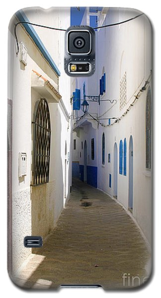 Galaxy S5 Case featuring the photograph Narrow Backstreet In The Medina Of Asilah On Northwest Tip Of Atlantic Coast Of Morocco by Ralph A  Ledergerber-Photography