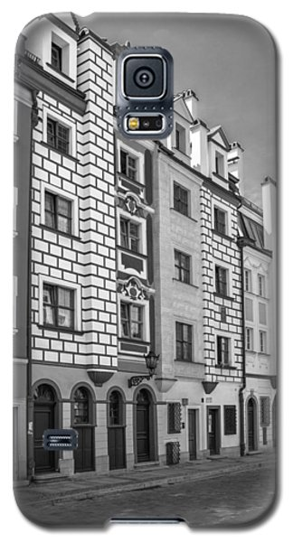 Galaxy S5 Case featuring the photograph Narrow Houses by Arkady Kunysz