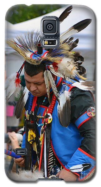 Galaxy S5 Case featuring the photograph Native American Dancer by Kathy Baccari