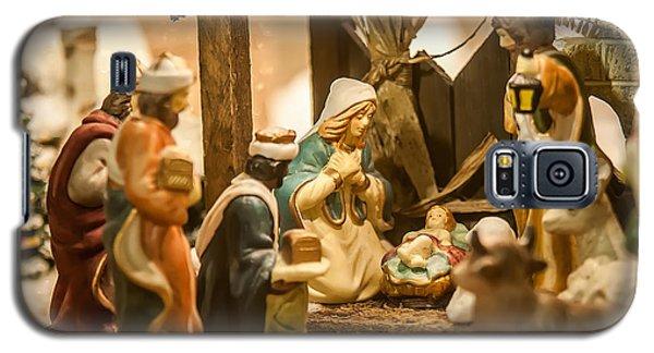 Galaxy S5 Case featuring the photograph Nativity Set by Alex Grichenko
