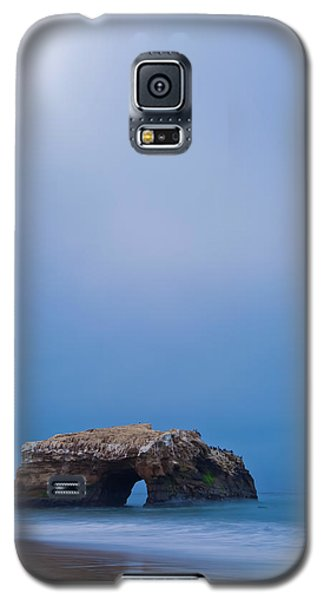 Natural Bridge And Its Reflection Galaxy S5 Case by Jonathan Nguyen