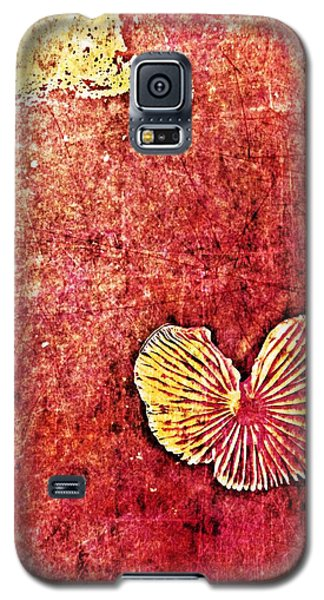 Galaxy S5 Case featuring the digital art Nature Abstract 4 by Maria Huntley