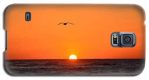 Navarre Beach Sunrise Waves And Bird Galaxy S5 Case by Jeff at JSJ Photography
