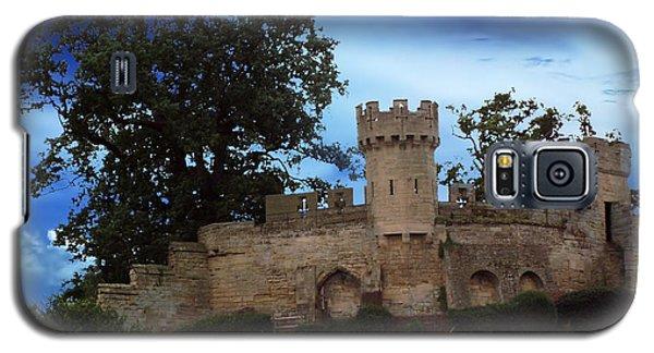 Near Warwick Castle Galaxy S5 Case