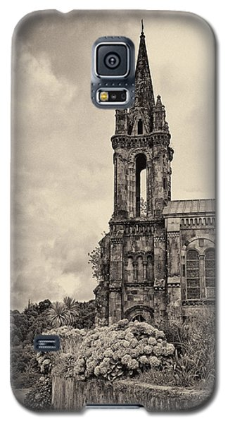 Neo Gothic Chapel Galaxy S5 Case