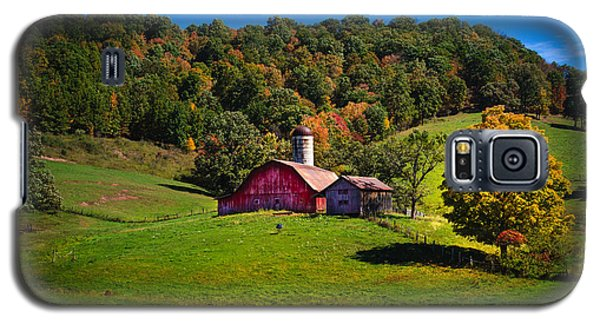 nestled in the hills of West Virginia Galaxy S5 Case by Shane Holsclaw