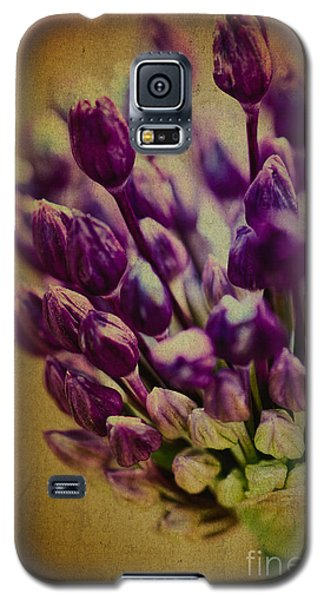 Never Alone Galaxy S5 Case