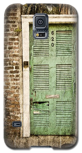 Galaxy S5 Case featuring the photograph New Orleans Doorway by Ray Devlin