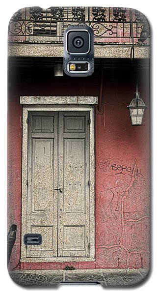 Galaxy S5 Case featuring the photograph New Orleans French Quarter Balcony And Doorway by Ray Devlin
