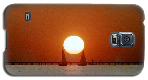 Galaxy S5 Case featuring the photograph New Orleans Sailing Sun On Lake Pontchartrain by Michael Hoard