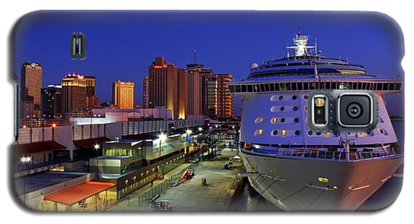 New Orleans Skyline With The Voyager Of The Seas Galaxy S5 Case