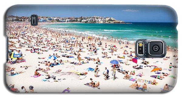 New Year's Day At Bondi Beach Sydney Australi Galaxy S5 Case by Matteo Colombo