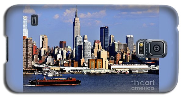 New York City Skyline With Empire State And Red Boat Galaxy S5 Case