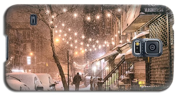 New York City - Winter Snow Scene - East Village Galaxy S5 Case by Vivienne Gucwa
