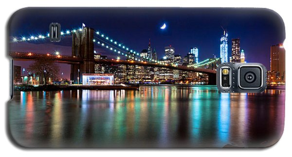 New York Skyline And Brooklyn Bridge With Crescent Moon Rising Galaxy S5 Case by Mitchell R Grosky