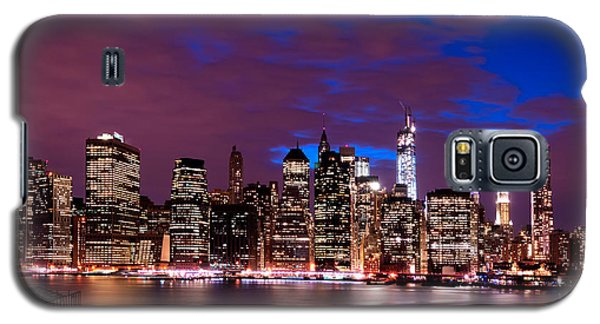 New York Skyline Magic Hour-- From Brooklyn Heights Promenade Galaxy S5 Case by Mitchell R Grosky