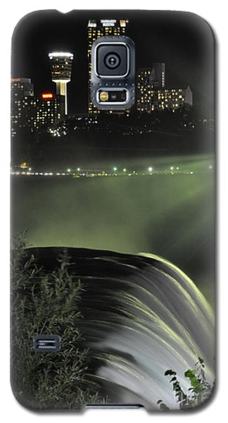 Galaxy S5 Case featuring the photograph Niagara At Night by Gina Savage