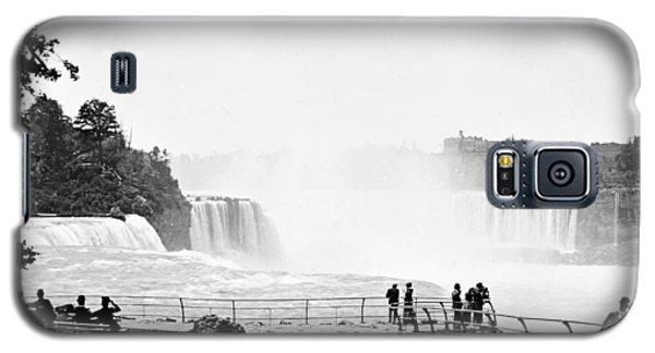 Galaxy S5 Case featuring the photograph Niagara Falls Prospect Park 1904 Vintage Photograph by A Gurmankin