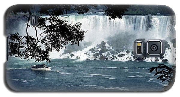 Galaxy S5 Case featuring the photograph Niagara Falls by Tom Brickhouse