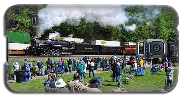 Nickel Plate Berkshire At Horseshoe Curve Galaxy S5 Case by Matthew Chapman