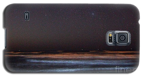 Galaxy S5 Case featuring the photograph Night Beach by Martin Konopacki