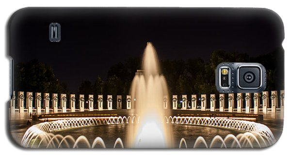 Night Reflections Wwii Memorial  Galaxy S5 Case by Dawn Romine