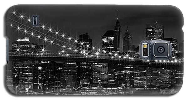 Night-skyline New York City Bw Galaxy S5 Case by Melanie Viola