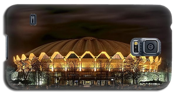 night WVU basketball Coliseum arena in Galaxy S5 Case
