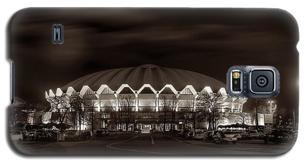 night WVU Coliseum basketball arena Galaxy S5 Case