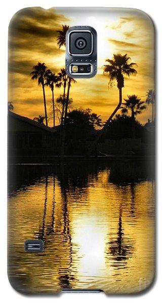 Galaxy S5 Case featuring the photograph Nightfall by Deb Halloran