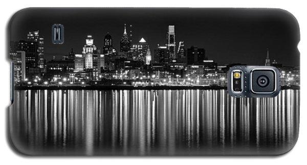 Nightfall In Philly B/w Galaxy S5 Case by Jennifer Ancker