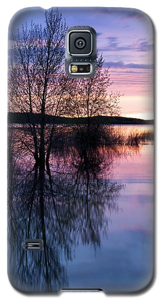 Galaxy S5 Case featuring the photograph Nightfall Reflection  by The Forests Edge Photography - Diane Sandoval