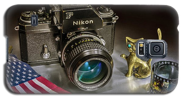 Galaxy S5 Case featuring the photograph Nikon F by Vladimir Kholostykh